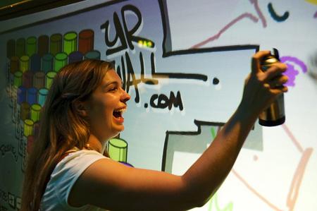 Animation d'un événement autour d'un mur interactif